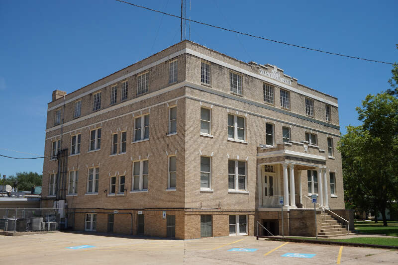 Pittsburg August   Camp County Courthouse
