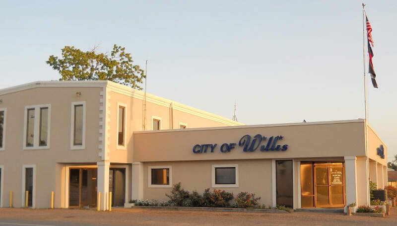 City Hall Of Willisc Texasc South View