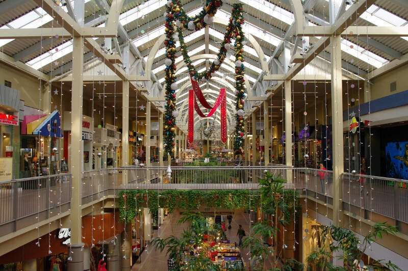 South Towne Center At Christmas