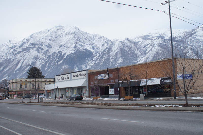 Springville Utah Main Street With Mountain Background