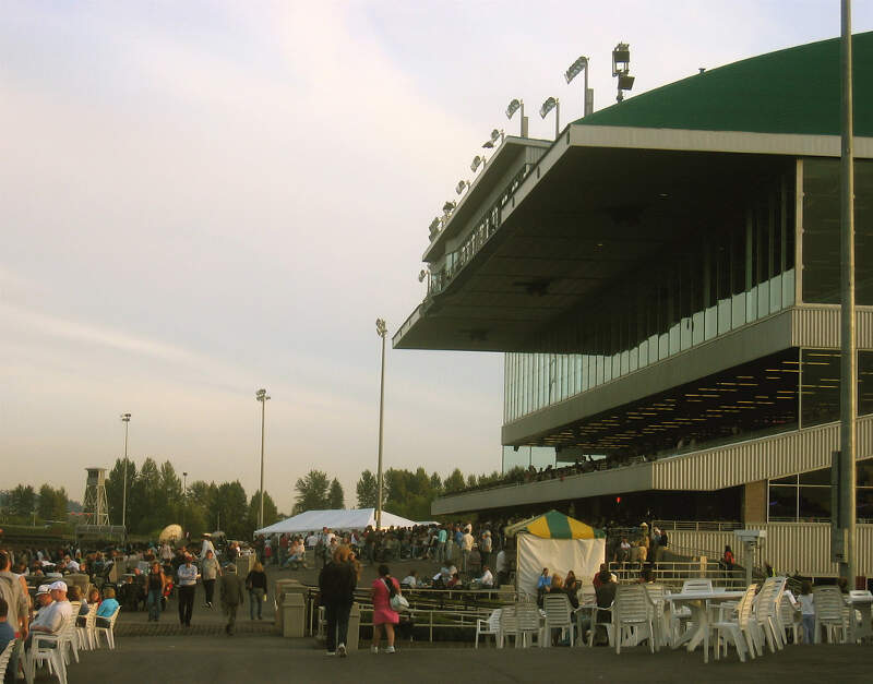 Emerald Downs Seating