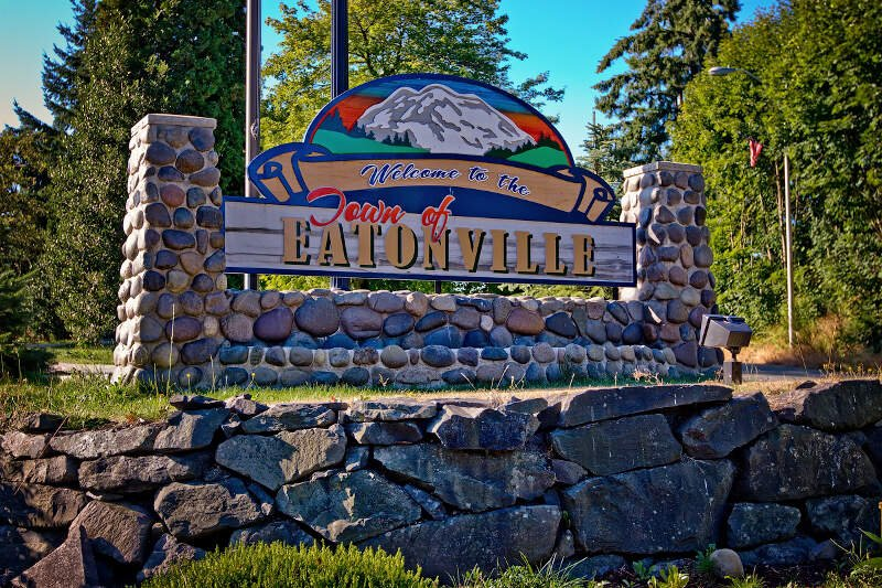 Welcome Sign In Eatonvillec Wa