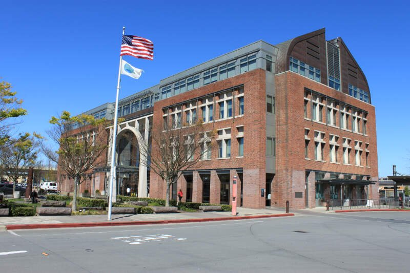 Everett Station Building