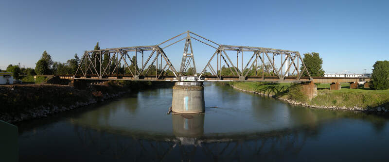 Ferndalec Wa  Rail Bridge Over The Nooksack  Pano