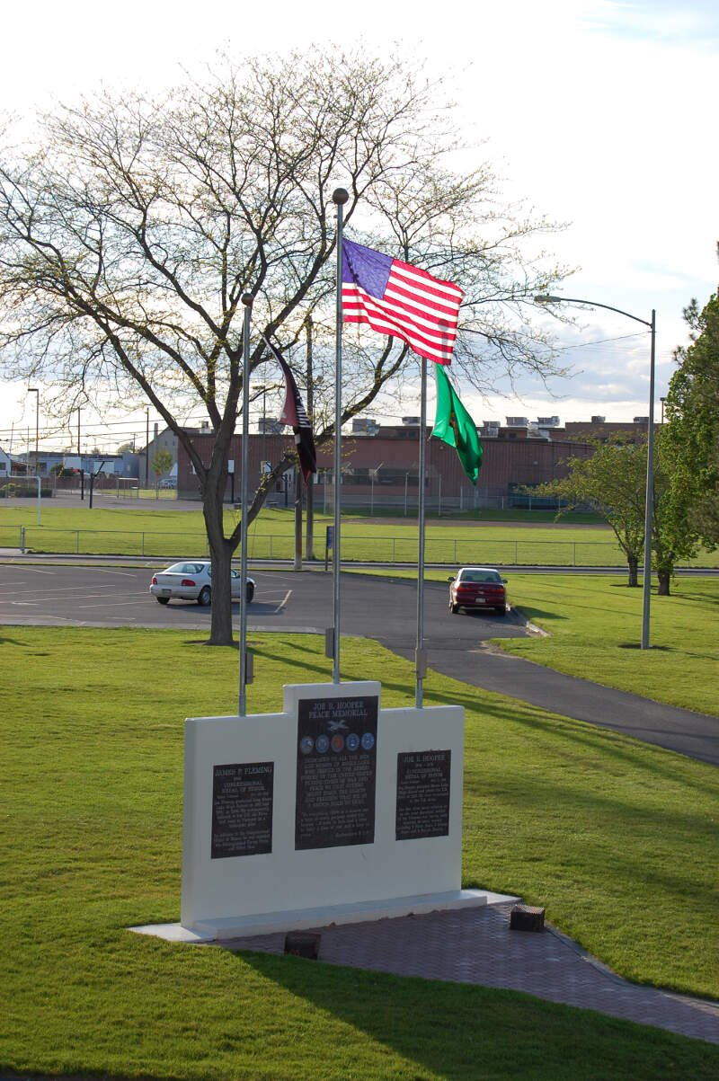 Moses Lake War Memorial