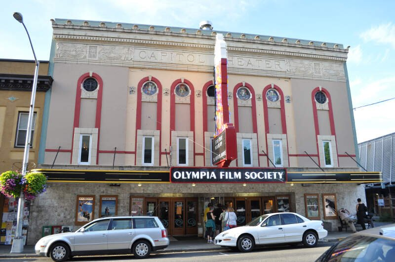 Oly Wa Capitol Theater