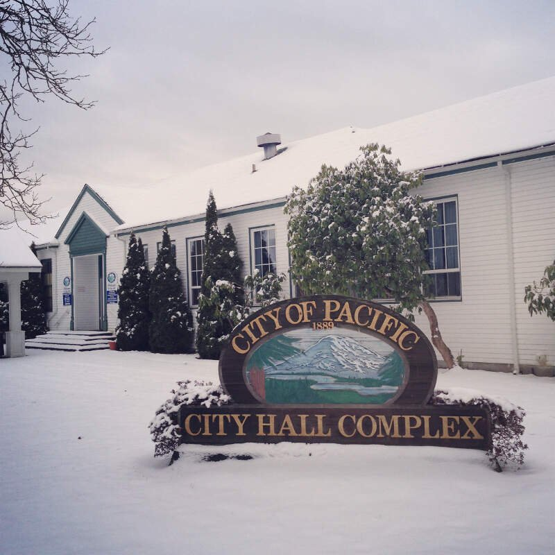 Pacific City Hall Sign