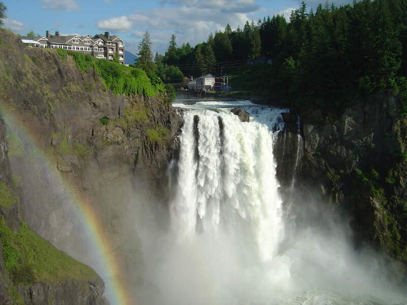 Snoqualmie Falls In June