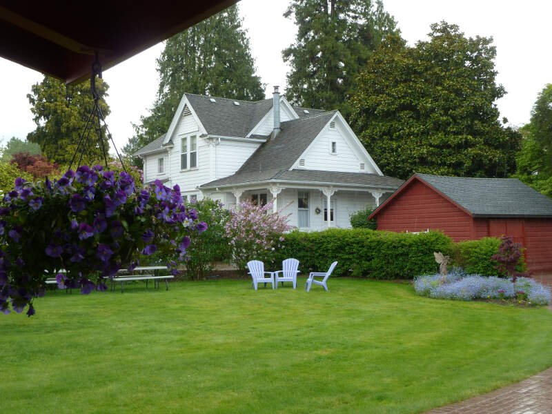 Hulda Klagers House And Lawn