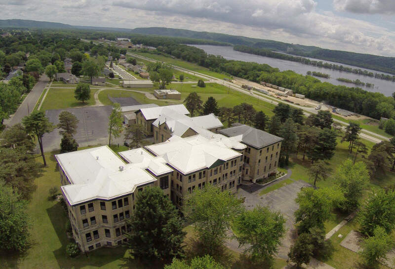 prairie du chien chatrooms Choose from 9 prairie du chien hotels with huge savings enjoy activities like hiking, boating, and canoeing in prairie du chien don't miss out on great hotels near fort fun park and charles wacouta aquatic park.
