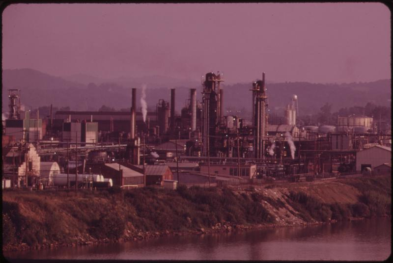 Evening View Of The Monsanto And Fmc Chemical Companies At Nitro On The Kanawha Riverc Seen From Interstate    Nara